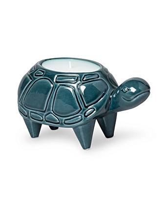 Victor the Tortoise Green Jasmine Scented Candle
