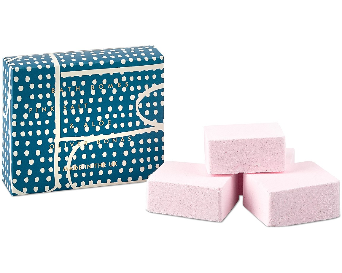 Pink Salt & Aloe Bath Bomb Set | University Gifts | Oliver Bonas